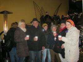 Glühweintrinken bei der Bäckerei Willascheck